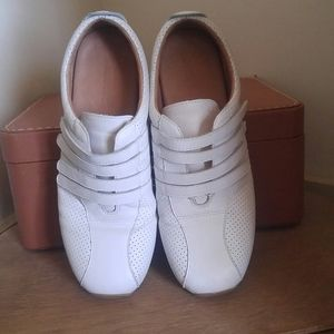 Lacoste 'Mystere Punched' shoes
